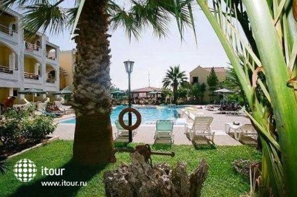 Nireas Hotel 9