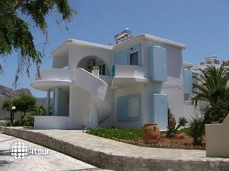 Blue Beach Villas & Apartments 4