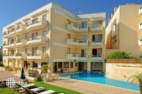 Lefteris Apts Hotel 1