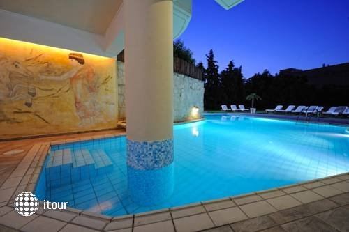 Lefteris Apts Hotel 2