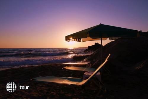 Pelagia Bay 6