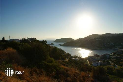 Pelagia Bay 8