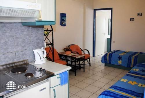 Psaras Apartments 6