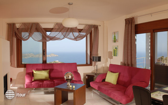 Okeanides Villas 5