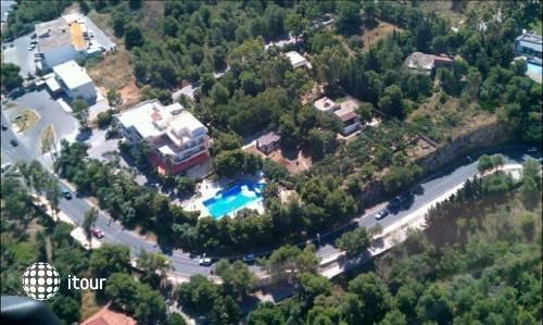 Monte Vardia Hotel 6