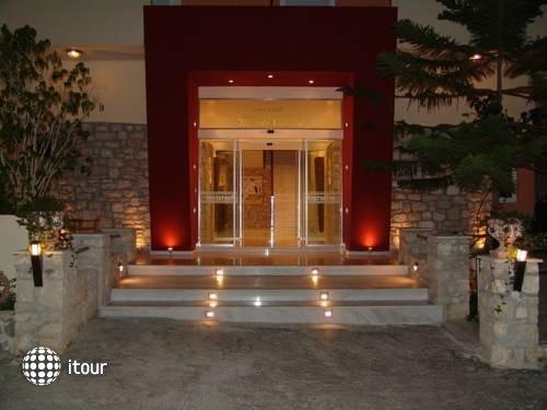 Monte Vardia Hotel 7