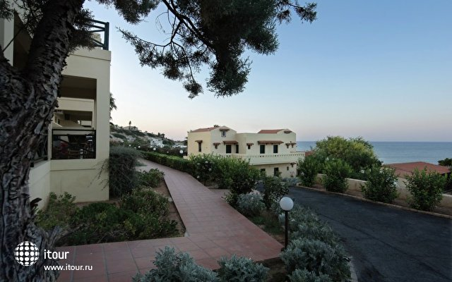 Chrysalis Hotel 4