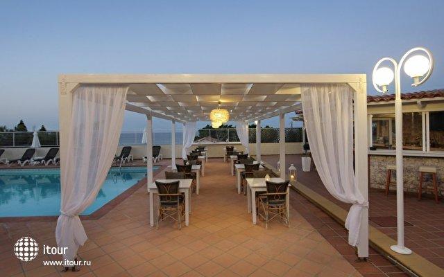 Chrysalis Hotel 9