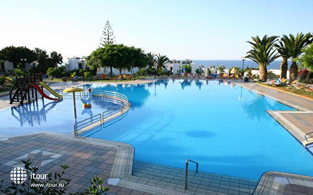 Chrissi Ammoudia Hotel & Bungalows 2