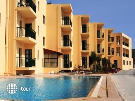Edem Beach Hotel 10