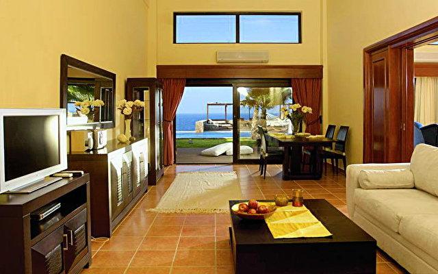 Radisson Blu Beach Resort (ex. Minos Imperial) 9