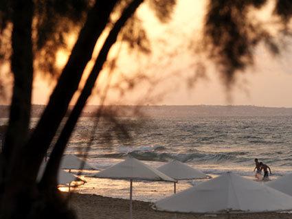 Kernos Beach Hotel & Bungalows 10