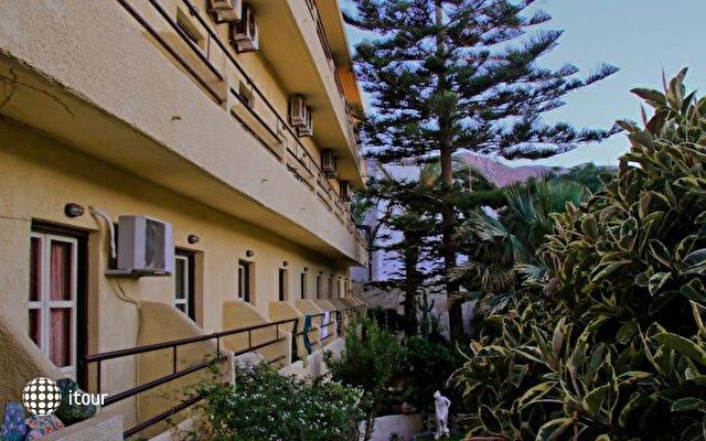 Flisvos Beach Hotel 5