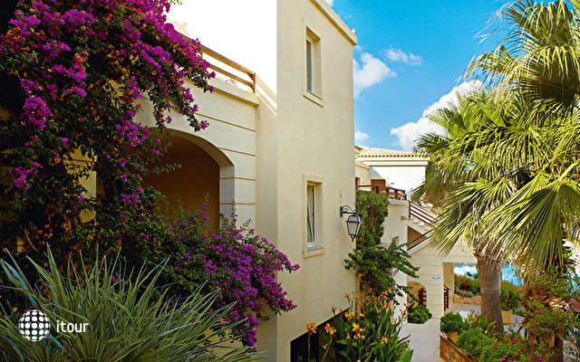 Grecotel Club Marine Palace 9
