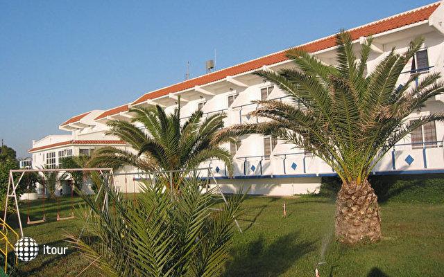 Nirvana Beach Hotel 1