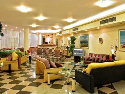Sunrise Hotel 6
