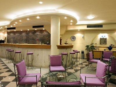 Sunrise Hotel 8