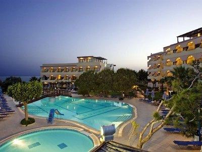 Sunrise Hotel 2