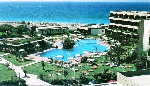 Mareblue Cosmopolitan Beach Resort 2