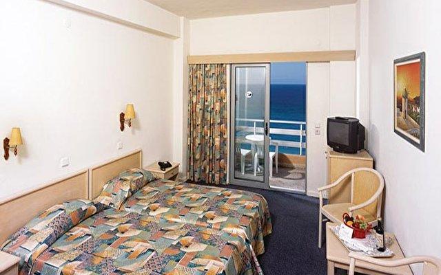 Belvedere Beach Hotel 3