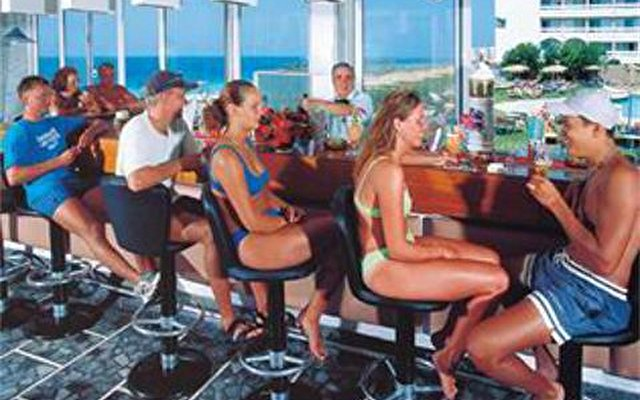 Belvedere Beach Hotel 5