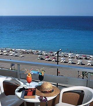 Belvedere Beach Hotel 10