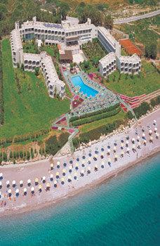 Lutania Beach 6