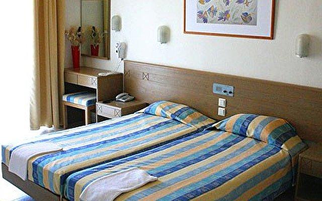 Irinna Hotel 3