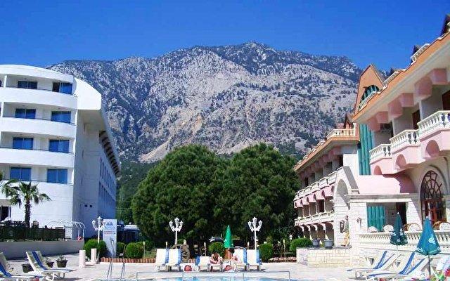 Irinna Hotel 2