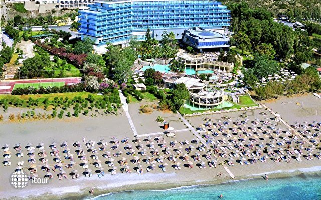 Calypso Beach 1