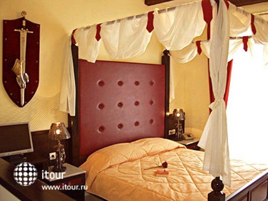 Castello Di Cavallieri Suites 1