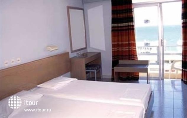 Majestic Hotel 7