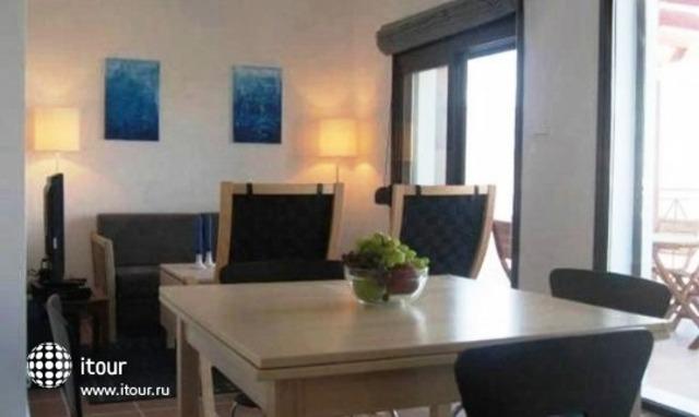 Gennadi Dreams Apartments 3