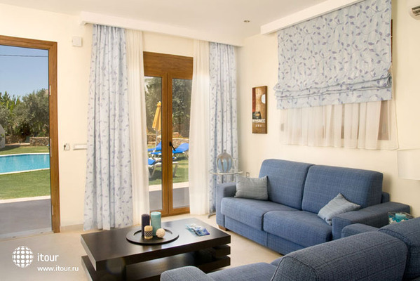Blue Dream Luxury Villas 6