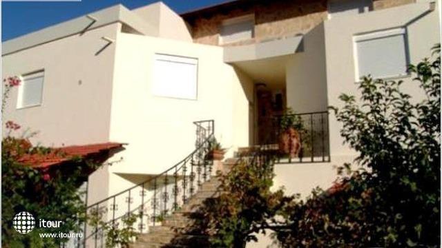 Theonia Villas 1