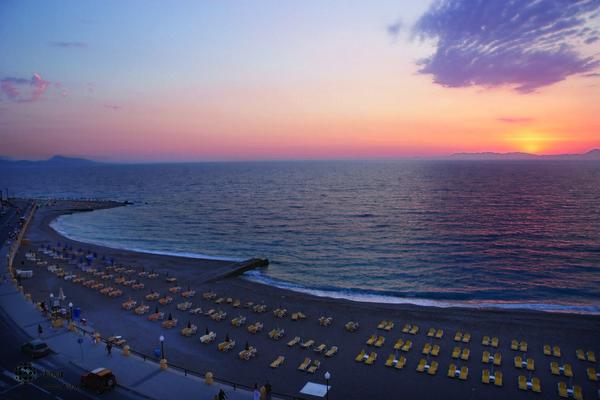 Riviera 9