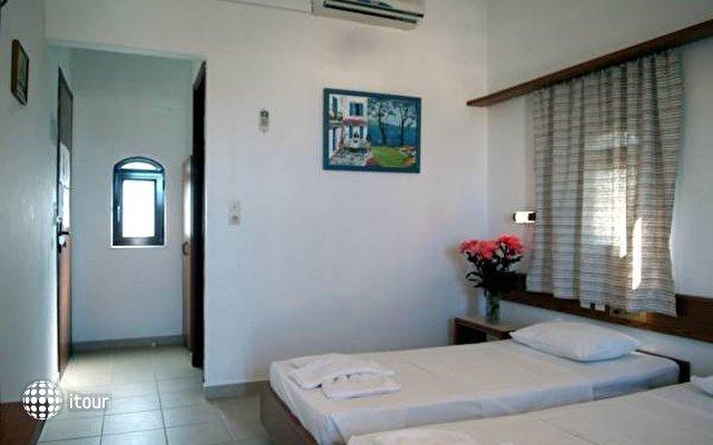 Kyriakos Apartments & Studios 10