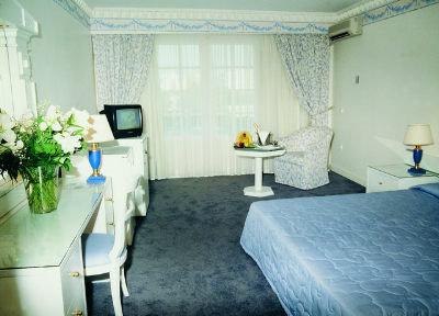 Grand Hotel De Luxe 6