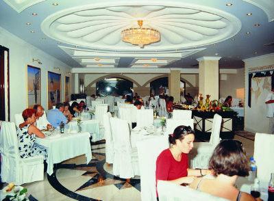 Grand Hotel De Luxe 5