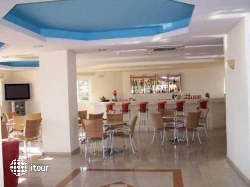 Hotel Ziakis 10