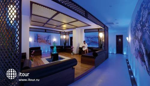 Amathus Elite Suites 8