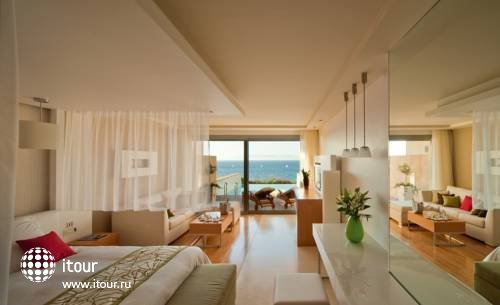 Amathus Elite Suites 3
