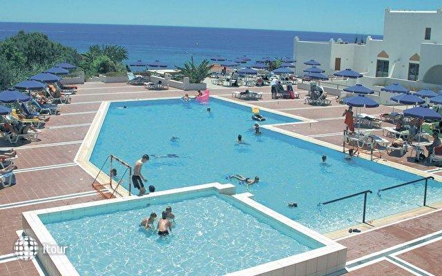 Alpha Beach Hotel 2