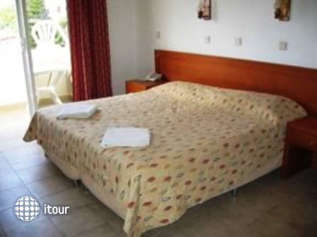 Thalia Rhodes Hotel 10