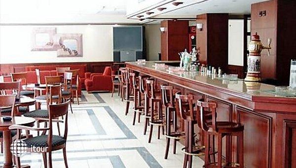 Manousos Hotel 3
