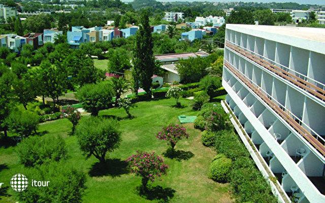 Eden Roc Resort Hotel & Bungalows 3