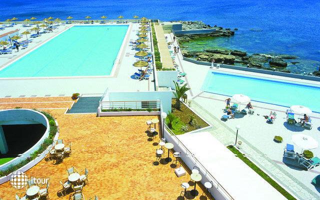 Eden Roc Resort Hotel & Bungalows 6