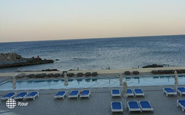 Eden Roc Resort Hotel & Bungalows 9