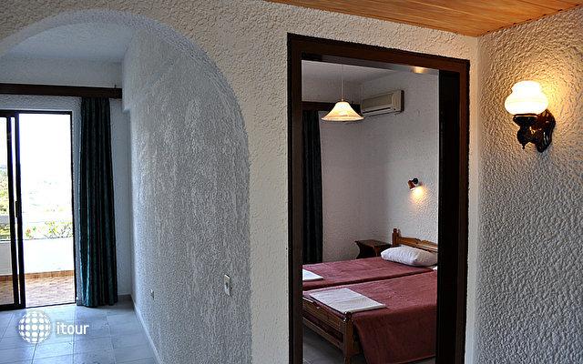 Karavos Hotel Apartments 6