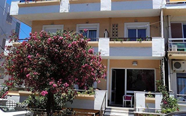 Zefyros Hotel 4